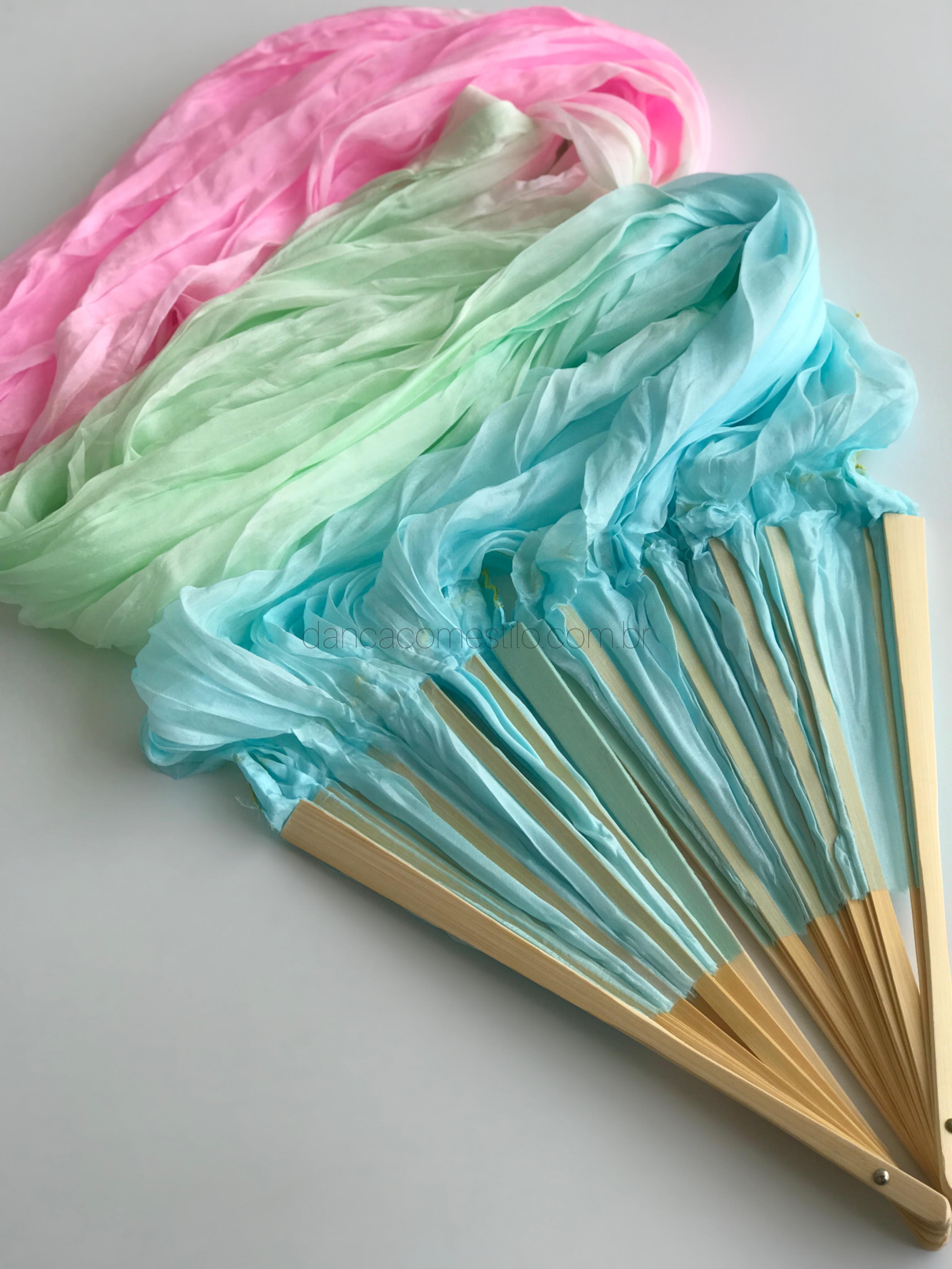 Leque Azul Verde e Rosa Pastel